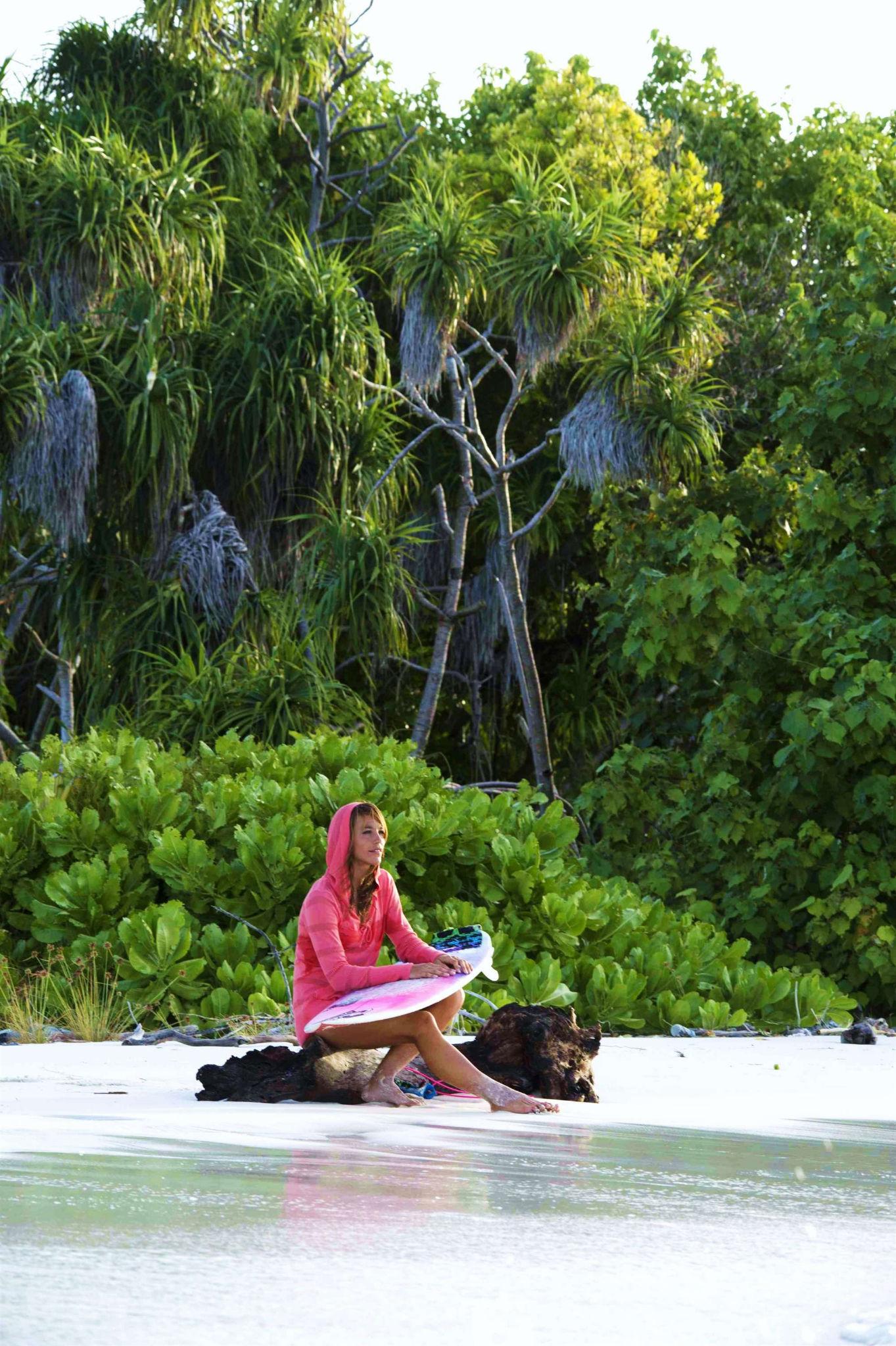 Ich liebe die gruenen Palmbedeckten Inseln umkreist mit weissem Sandstrand,  die sehen aus wie Smaragte im tuerkisblauen Indischen Ozean, einfach paradiesisch! photo: Gian Giovanoli kmu-Fotografie.ch
