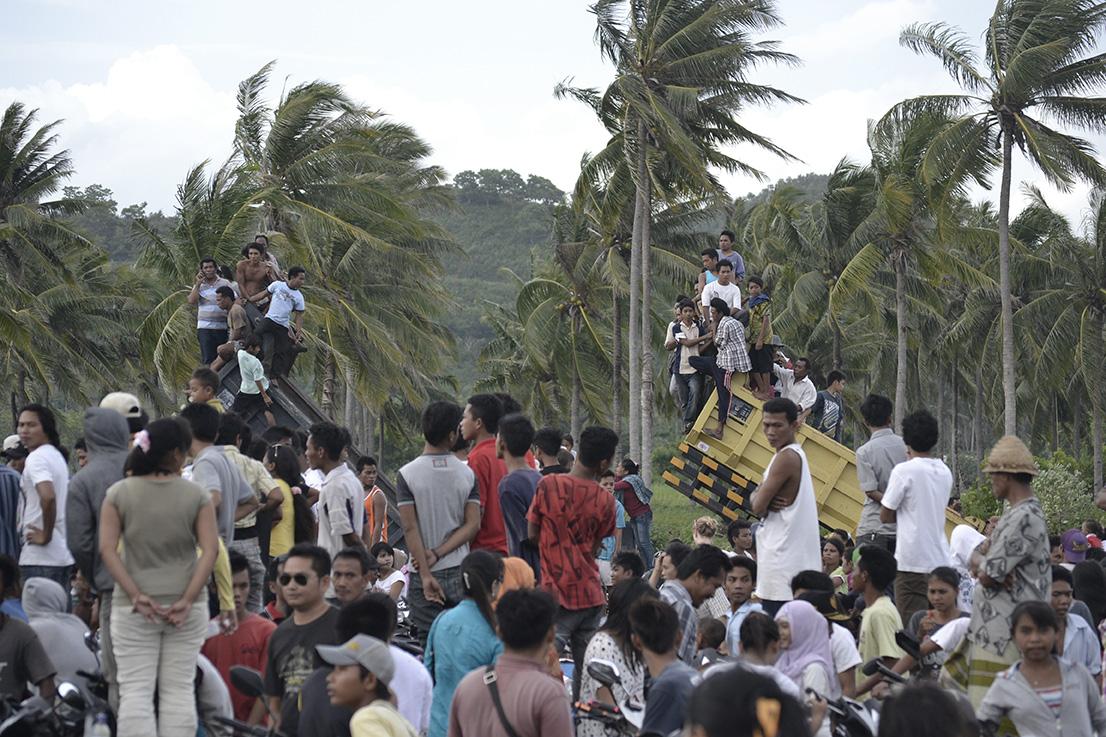 Ein Volksfest in Kuta, Lombok. Jeder Inselbewohner war da. Der ein oder andere brachte seinen ganz privaten LKW mit.