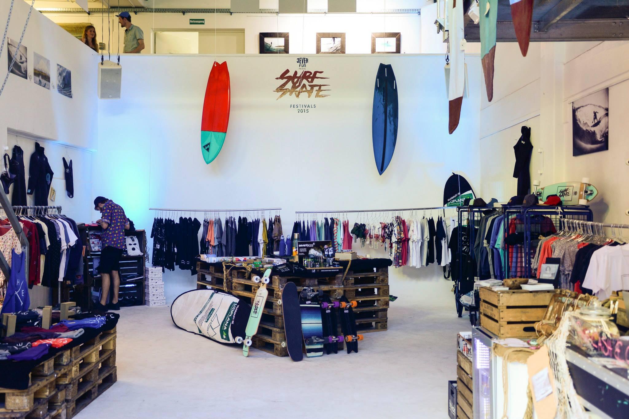 official photos d2018 a75ae Jobs - Surfers Mag